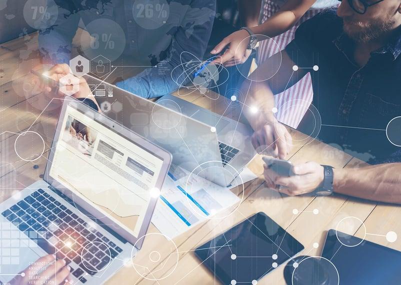 integrare-email-marketing-social-media-marketing-01.jpg
