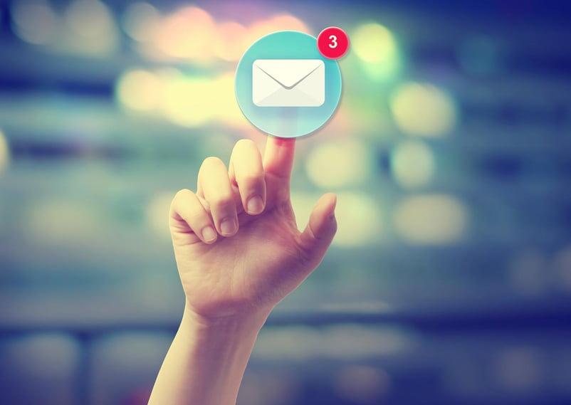 integrare-email-marketing-social-media-marketing-03.jpg